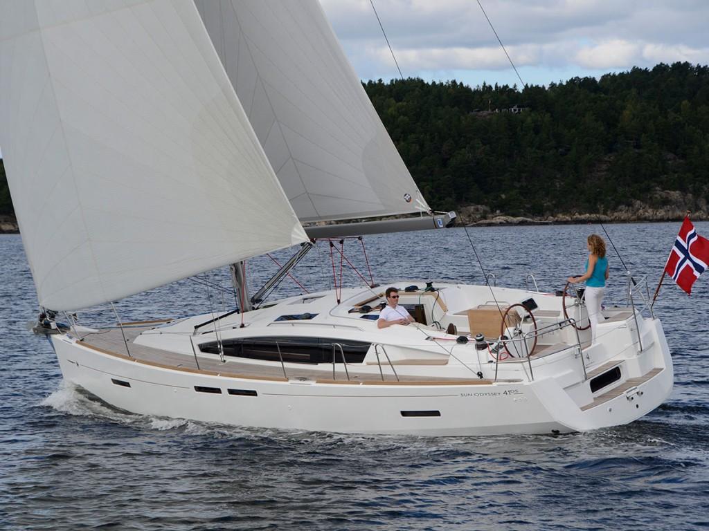 Sun-Odyssey-41DS-E25