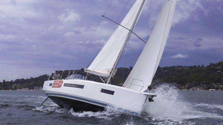 Sail-World tests the Sun Odyssey 490