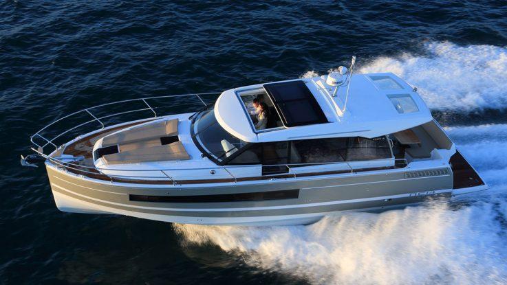 BoatTest.com reviews the Jeanneau NC14