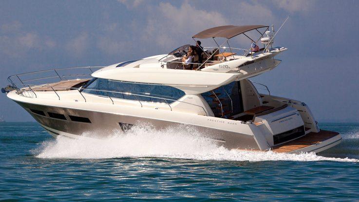 BoatTest.com reviews the Prestige 620 S