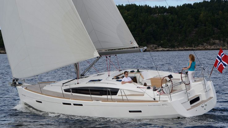 SAIL Boat Review: Jeanneau 41DS